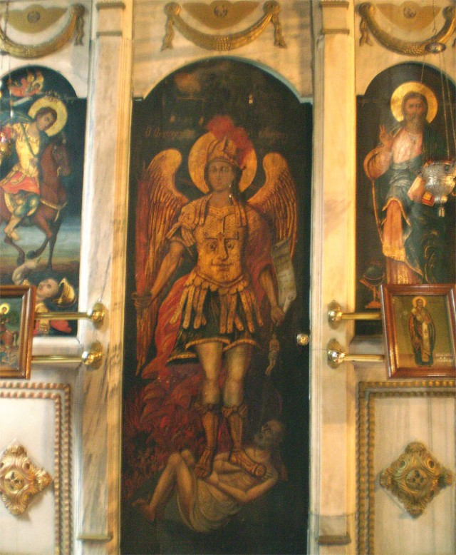 Кто знает, что за икона, кто изображен и почему на латах лицо - расскажите, пожалуйста!