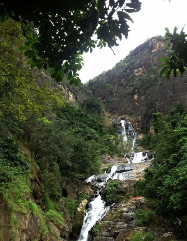 Водопад рядом с Эллой