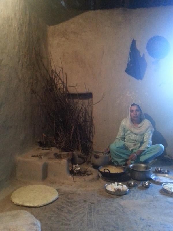 в деревне в гостях. кухня