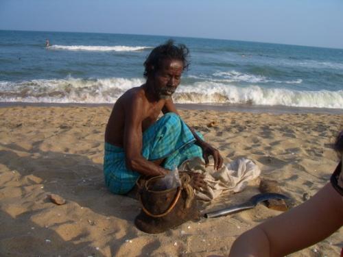 Продавец кокосов
