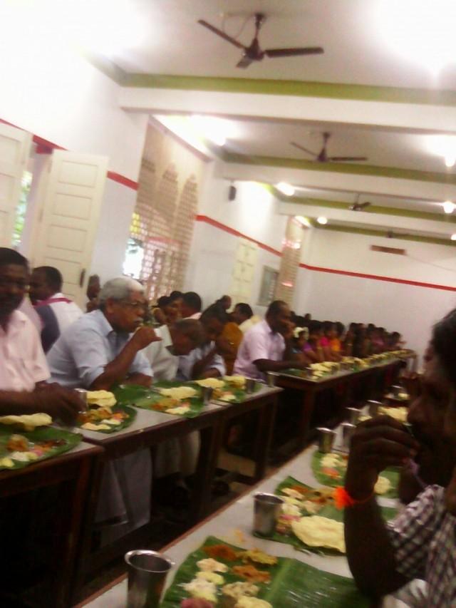 едальня на индусской свадьба