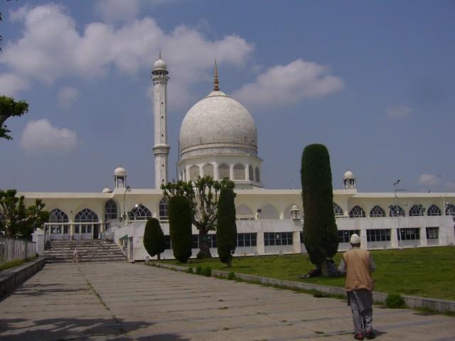 Белая мечеть (дарга) В ней хранится волос пророка Мухамеда