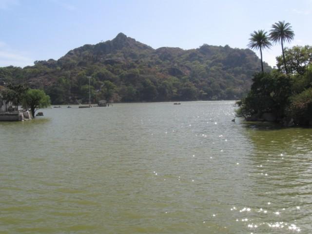 Вид на озеро Наки