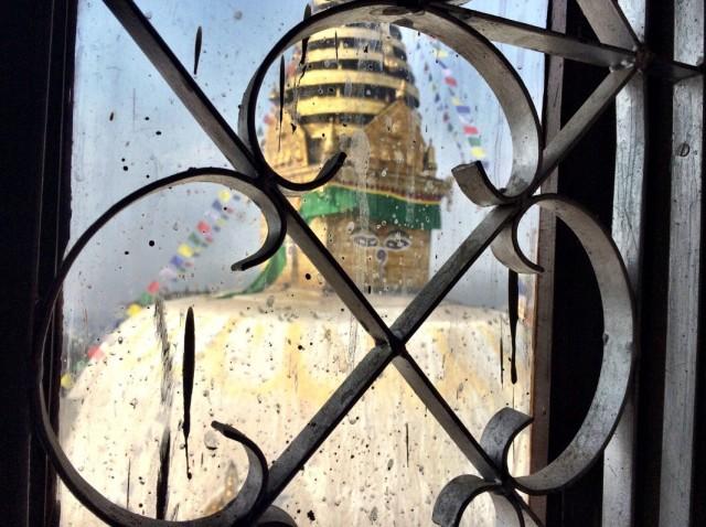 Вид из окна комнаты Кармапы