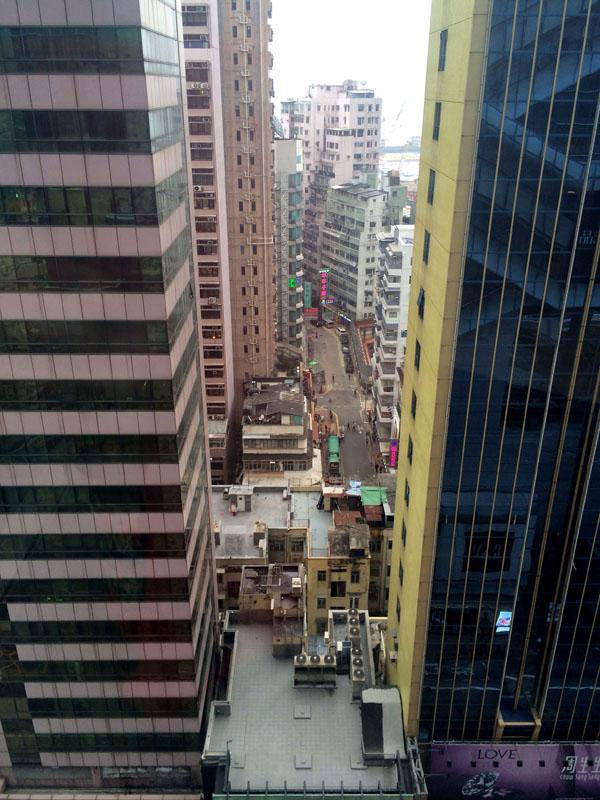 Гонконг 32