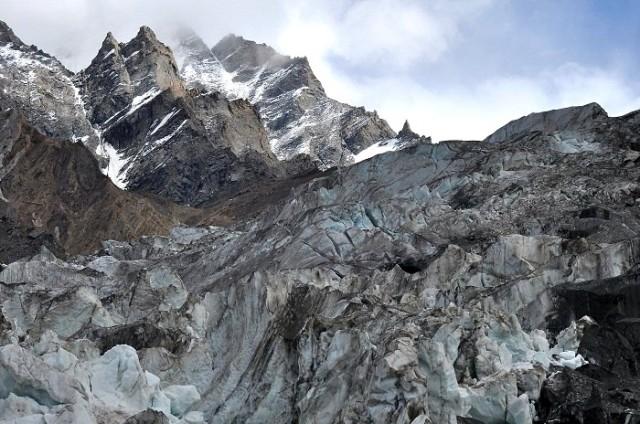 Ледник под горой Нун