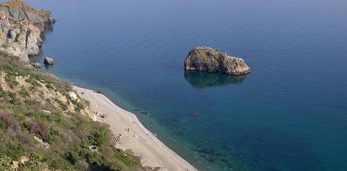 Яшмовый пляж и Георгиевская скала