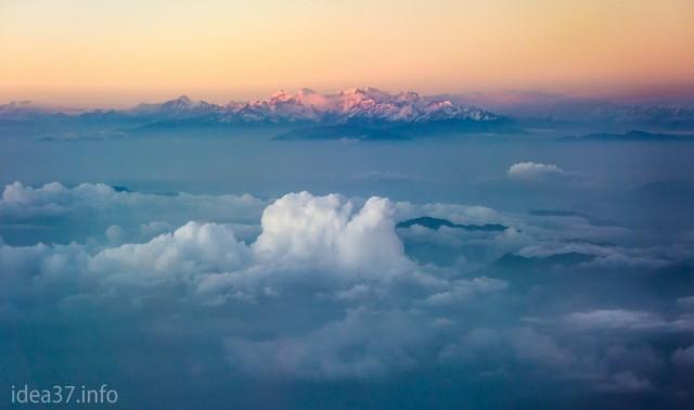 Мой дирижабль на подступах к Катманду