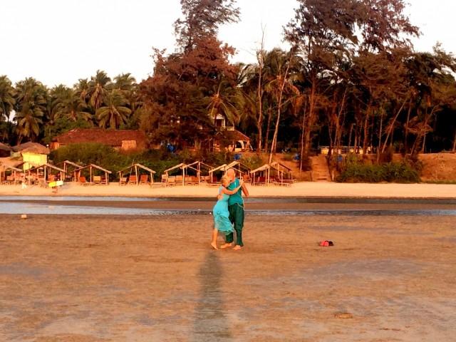 Танго на берегу