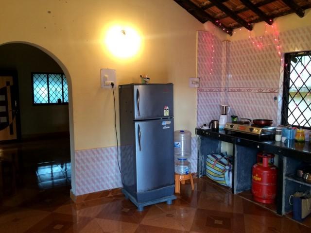 Кухня и арка в холл