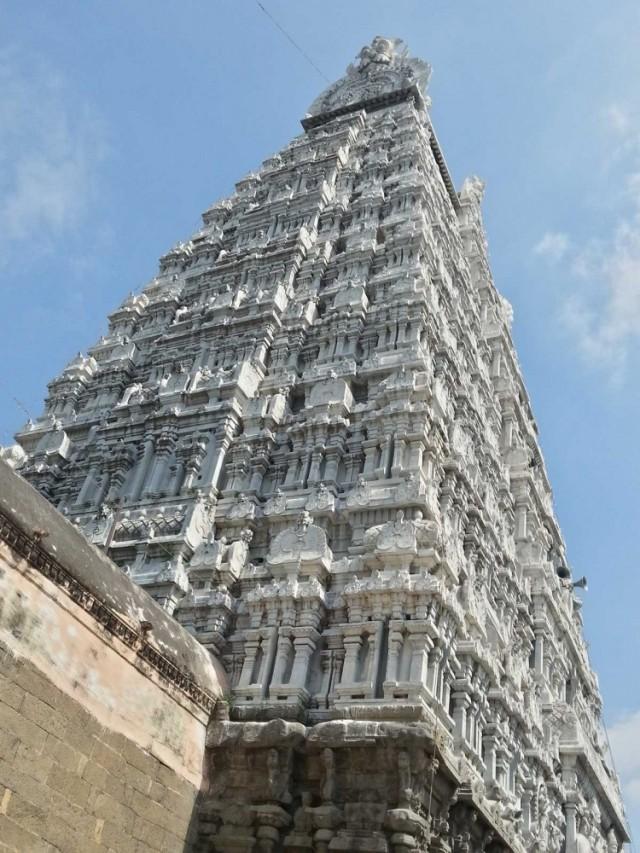 Ворота в храм Шивы