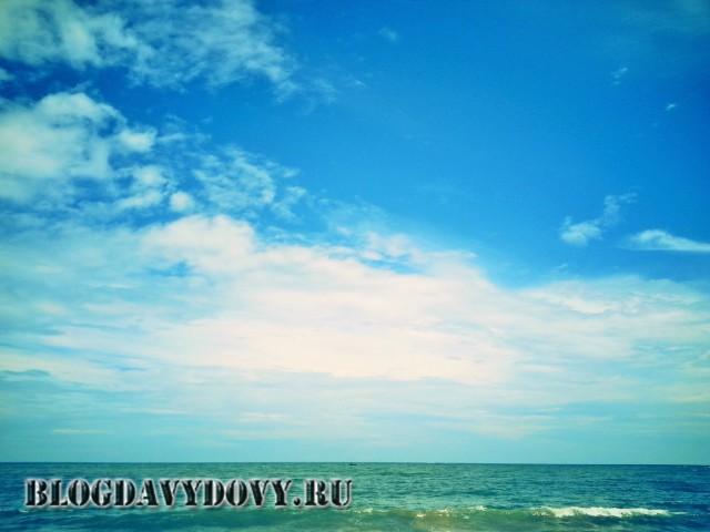 Пляж Тангалле у порта (Tangalle beach)