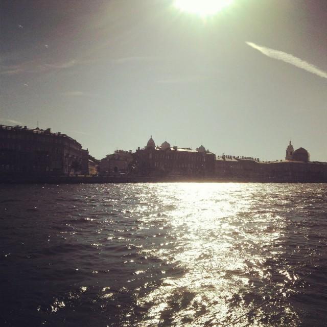 Из Петергофа по воде