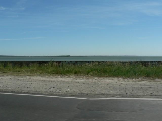 Обское море. Но, к сожалению, только из окна машины