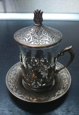 Стаканчик с подстаканником для масала-чая. Набор куплен, на самом деле, в Стамбуле