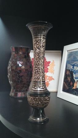 Индийская вазочка с чеканкой, подарок подруги
