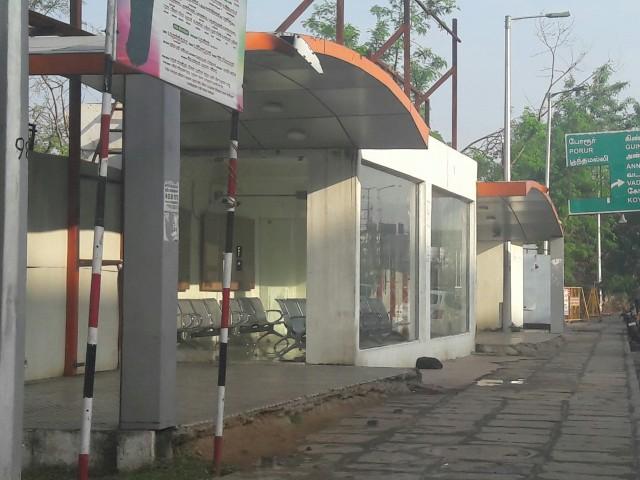 Кондиционируемая автобусная остановка в Ченнаи