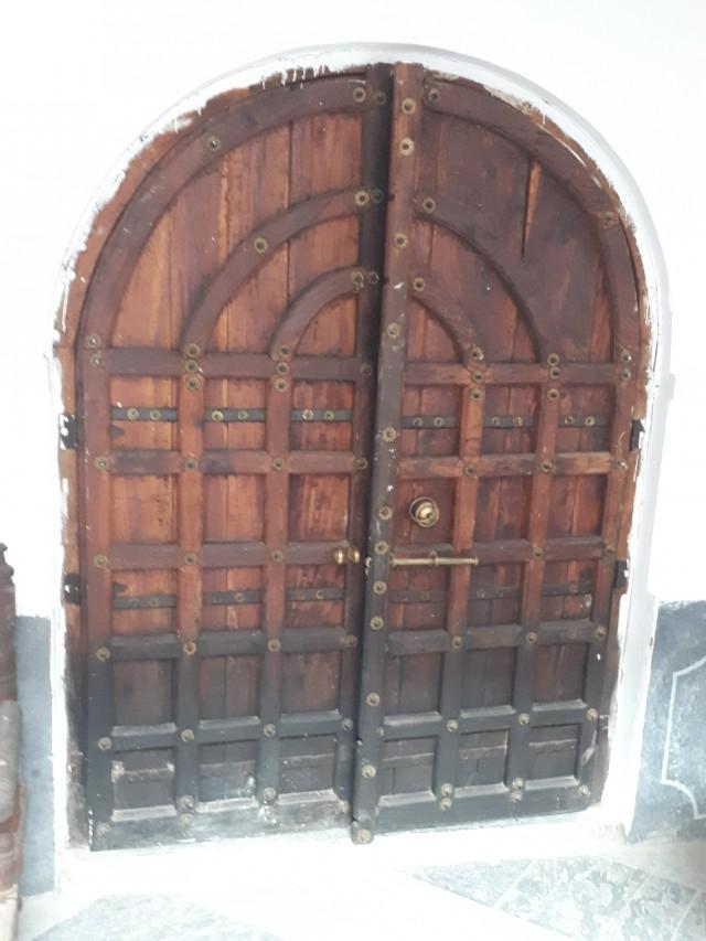 Врата в комнату