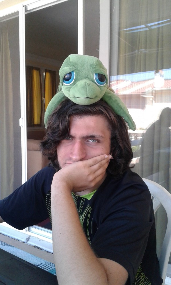 грустный черепах