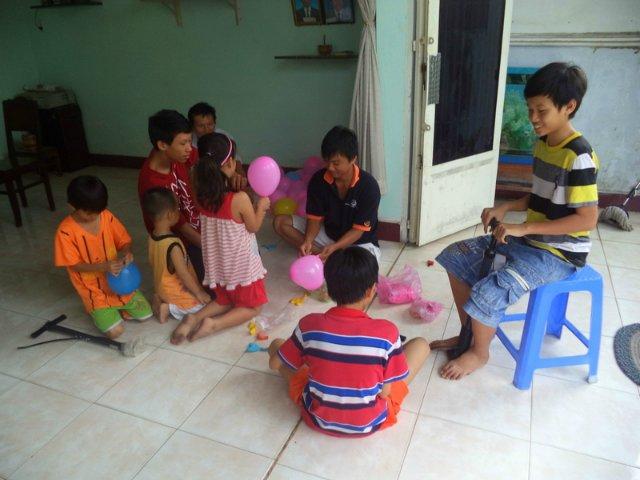 Я фотографирую детей с шариками