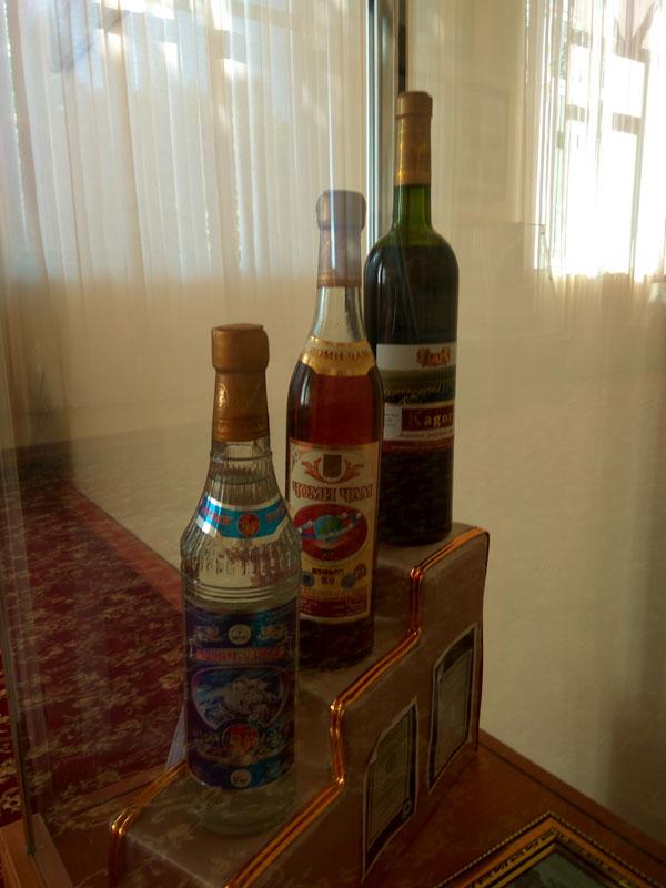 Педжекент известен винами и коньяком