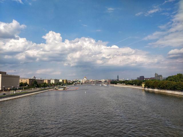 Вид с Фрунзенского моста