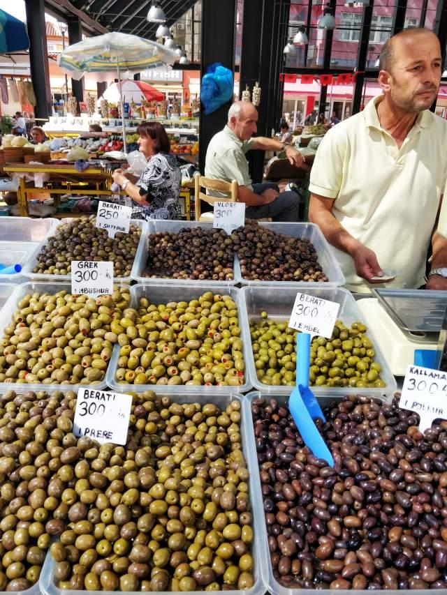Разнообразные оливки
