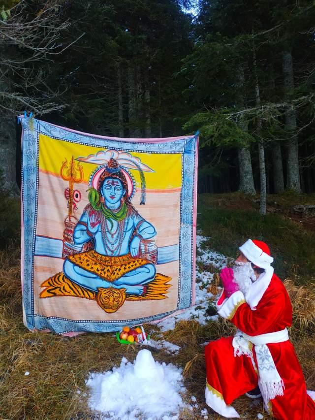 Дед Мороз...принёс дары