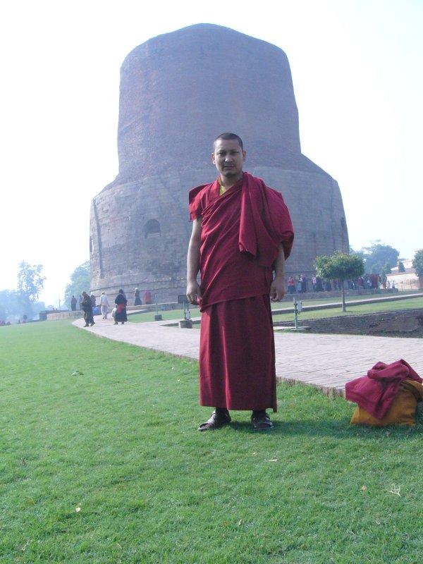 монах (Сарнатх)
