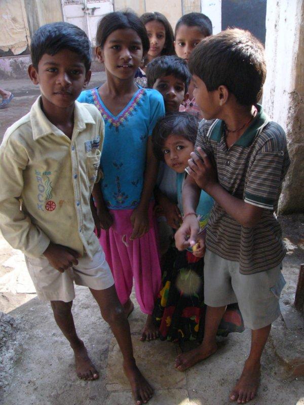 дети Мумбая
