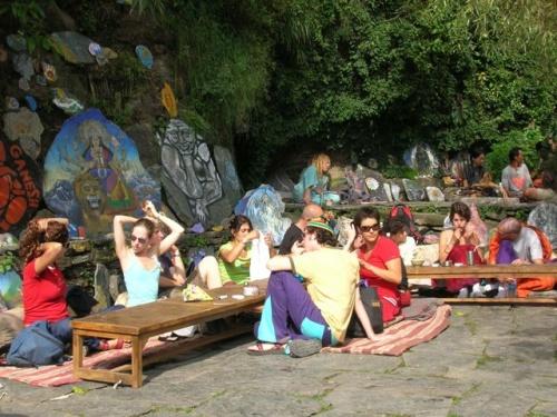 Шива-кафе, Дхарамасала