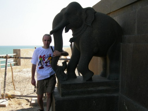 Я и слон. За мной - Антарктида
