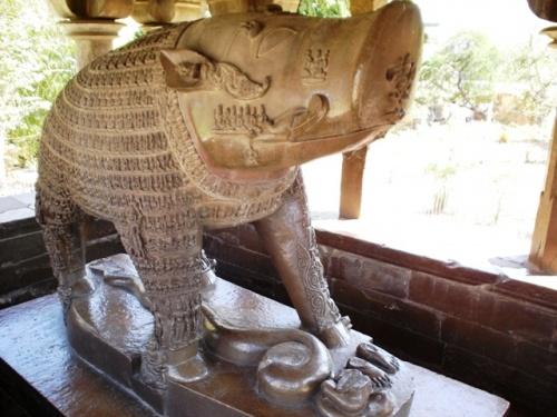 Храм Вараха (одно из воплощений Вишну)