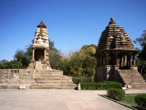 Храм Лакшми и храм Вараха