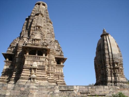 Храм Вишванатха (посвящен Шиве)