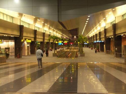 аэропорт. Терминал 2.