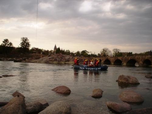 Рафтинг по реке Бетве