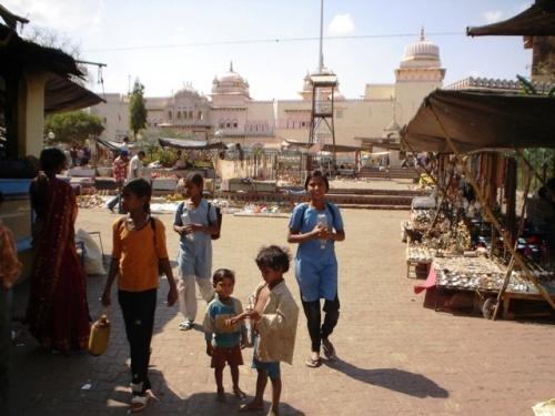 Улица, ведущая к храму