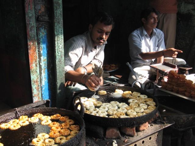 main bazar. еда