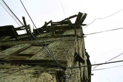 Очень старый дом