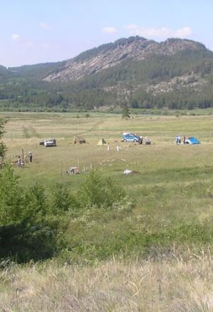Лагерь археологов.