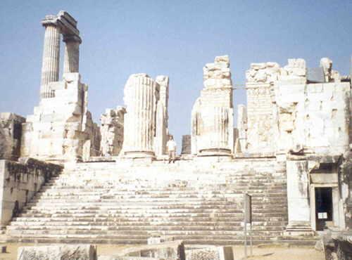 Храм Аполлона в Дидиме близ Милета