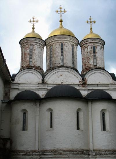 Собор в монастыре. Ярославль
