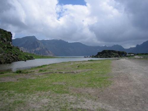 озеро кратера