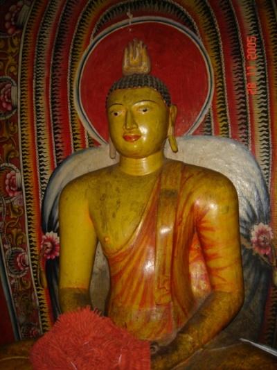 Дамбула. Будды