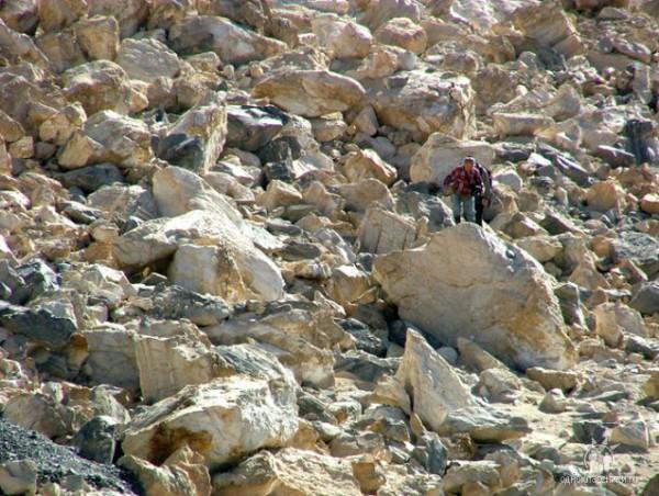Камушки на Усойском Завале.