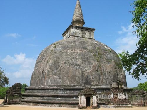 Шри-Ланка. Ступа.