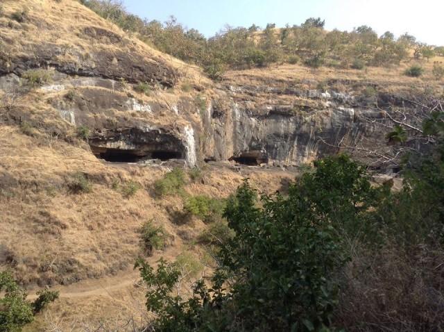 Правая сторона пещер