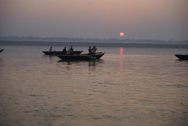 Восход солнца в Варанаси