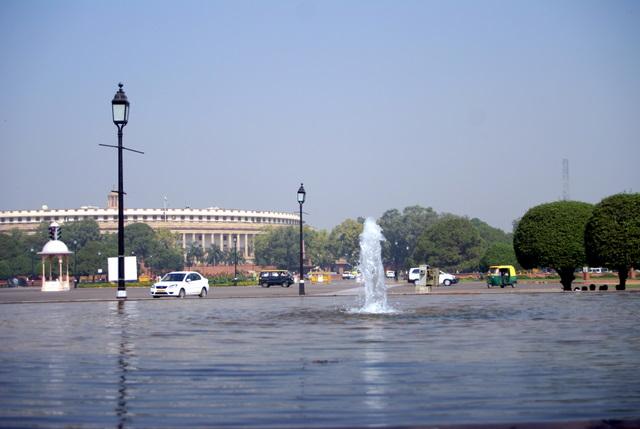 ...фонтанов